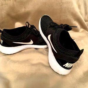 "Nike Women's ""Juvenate"" Sneaker"